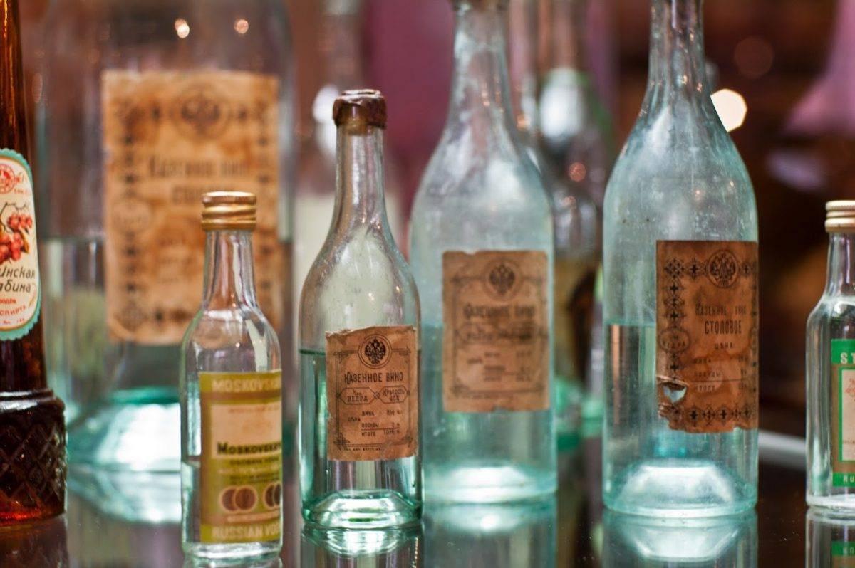 Хлебное вино (полугар) — традиционный русский напиток, рецепт которого был потерян