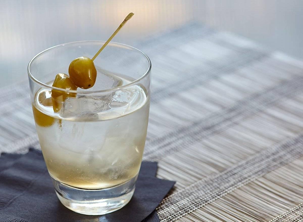 Рецепт коктейля сухой мартини (dry martini)
