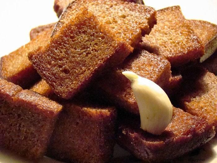 Сухарики к пиву: лучшие рецепты приготовления в духовке, микроволновке, мультиварке, как сделать традиционную хлебную закуску в домашних условиях | mosspravki.ru