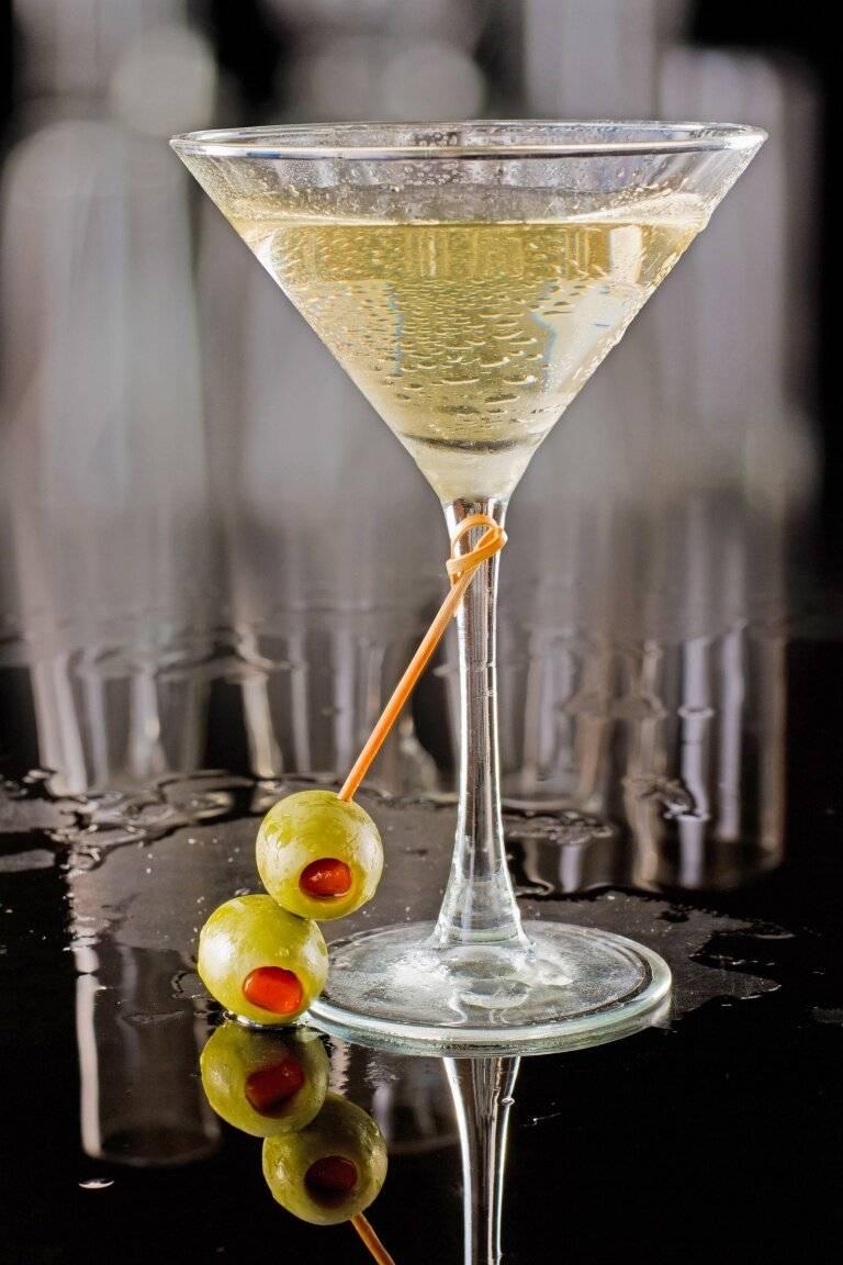 Рецепты коктейлей на основе «мартини»