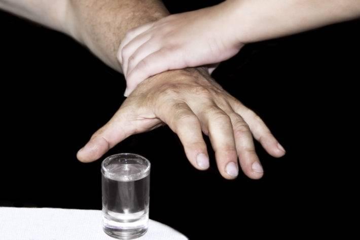 Что будет, если закодированный выпьет алкоголь