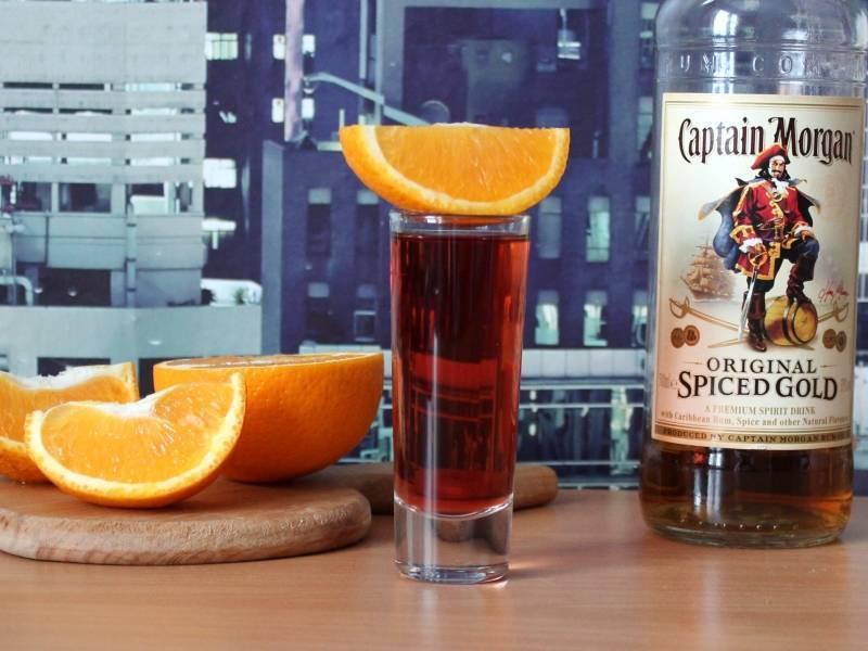 С каким соком пьют ром: с чем лучше сочетается темное спиртное, а также как смешать коктейль с яблочным, вишневым, гранатовым, апельсиновым и ананасовым вкусом?   mosspravki.ru