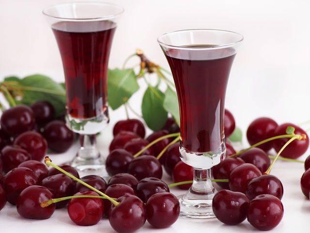 Простой рецепт приготовления домашнего сухого вина из винограда