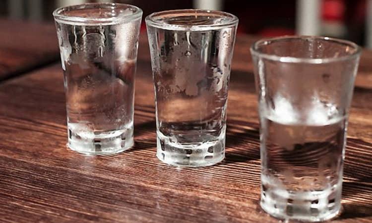 Рецепт приготовления еврейской изюмной водки пейсаховки в домашних условиях. пейсаховка — еврейская водка из изюма