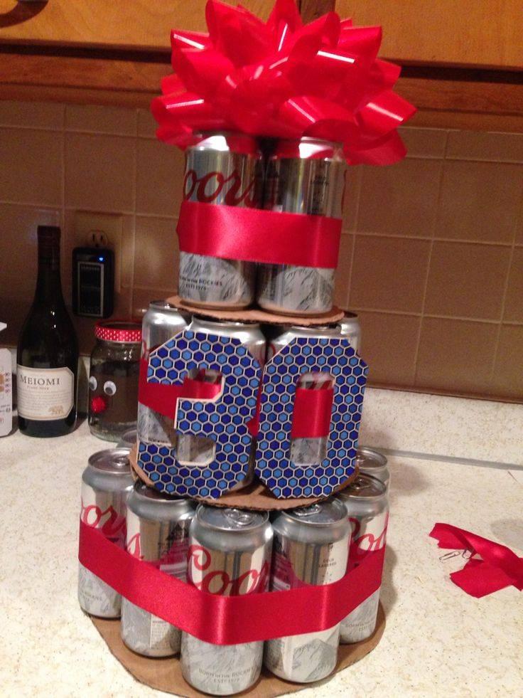 Торт из пива в банках пошагово. подарок из пива своими руками: радуем истинных ценителей напитка