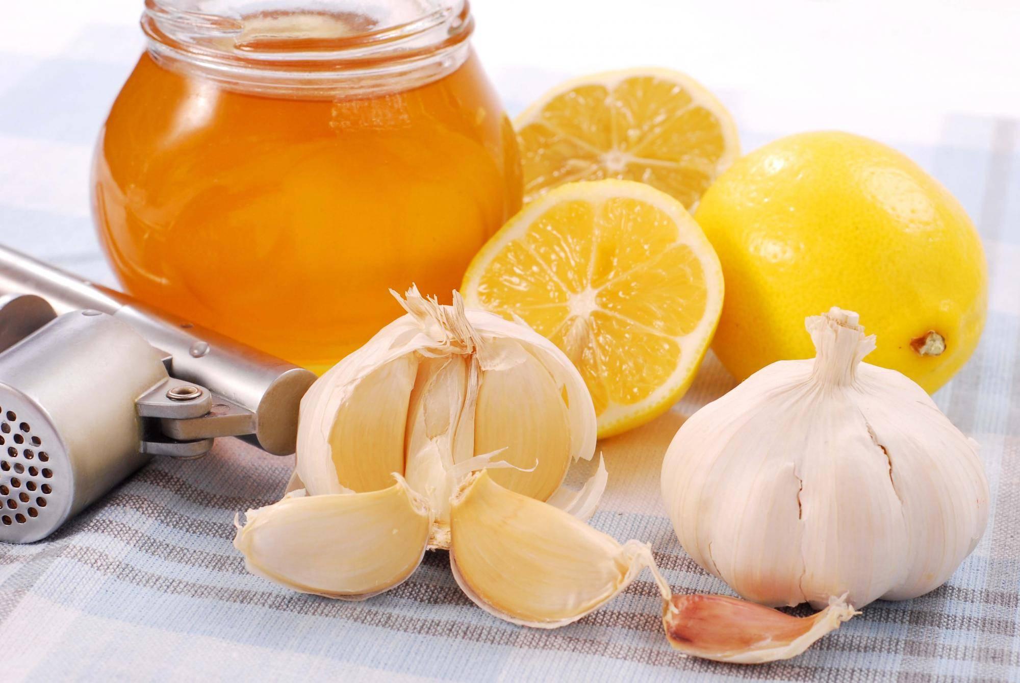 Лучшие рецепты для лечения простуды на основе водки