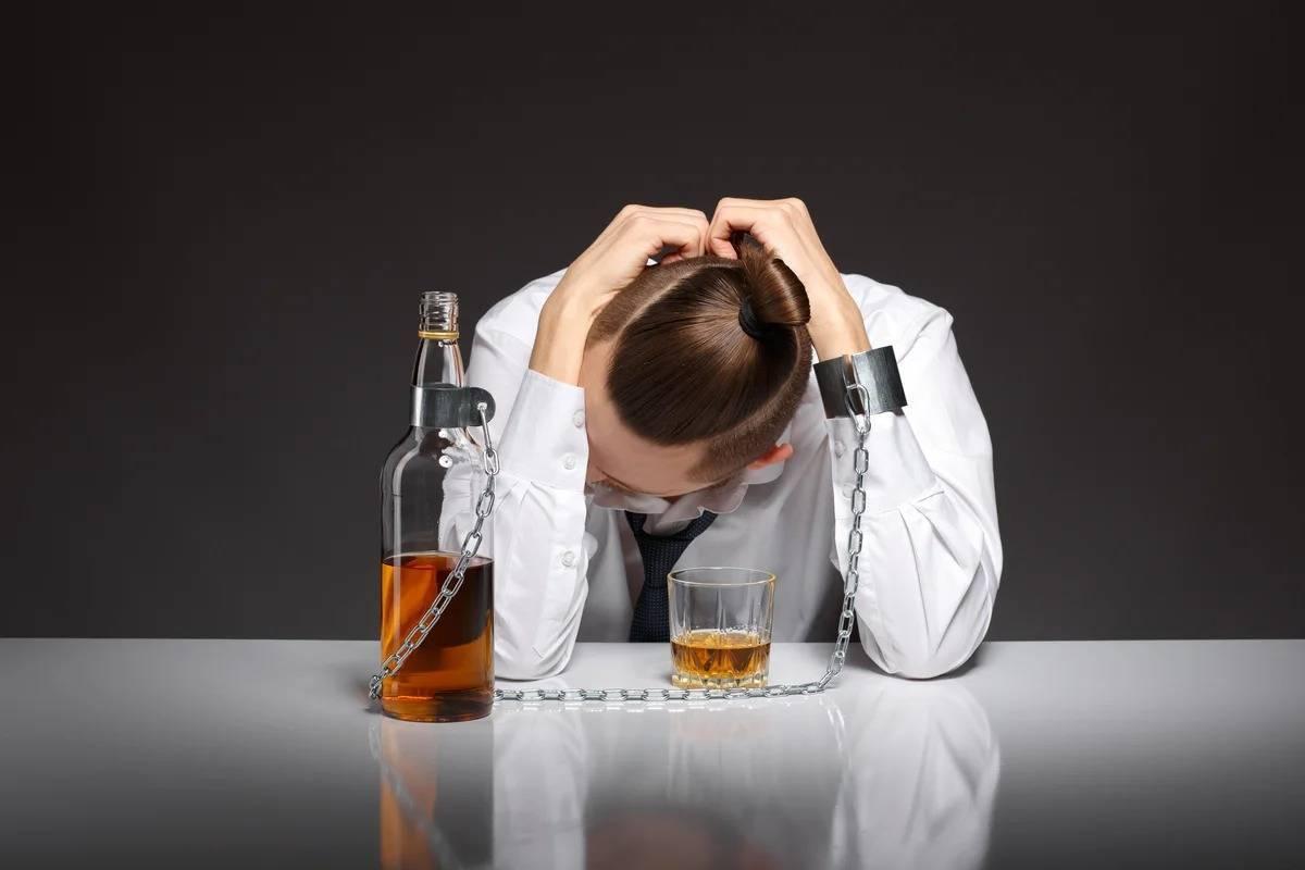 Как работает кодирование от алкоголизма