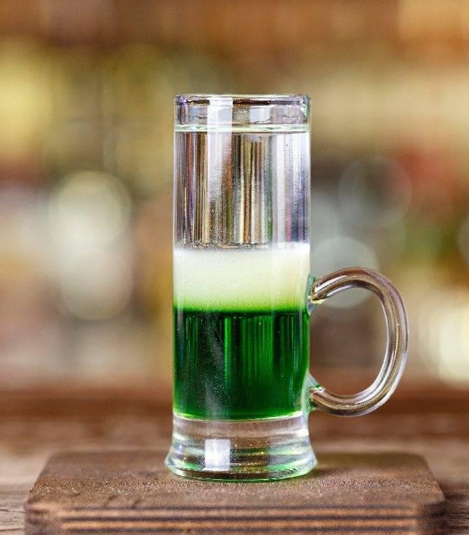 """Состав коктейля зелёный мексиканец. коктейль «зелёный мексиканец»: рецепт. история появления коктейля """"зеленый мексиканец"""""""