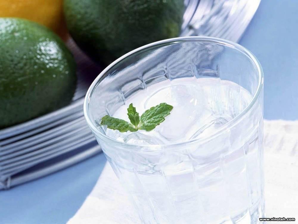 Как очистить водку в домашних условиях?