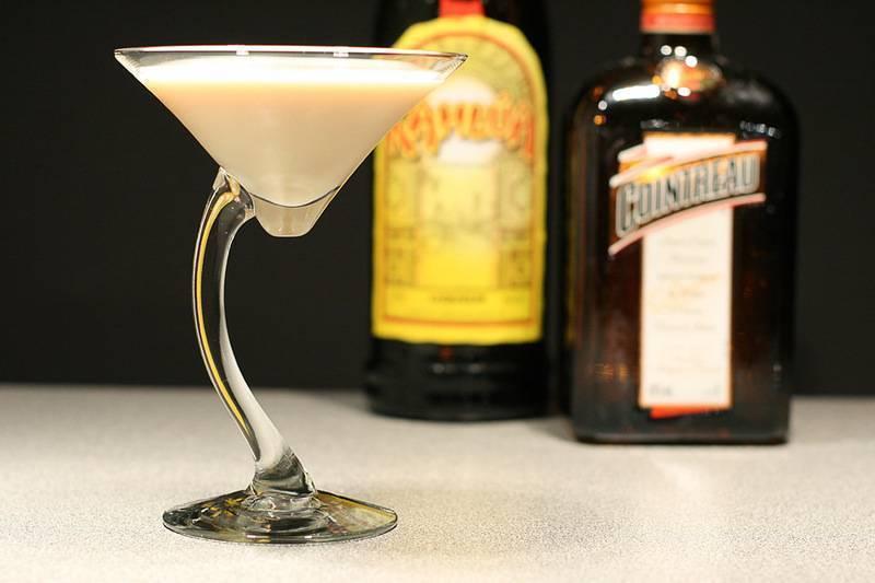 Как пить и чем закусывать ликеры. основные правила, культура пития, а также применение вкусного напитка