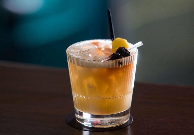 """Коктейль """"виски сауэр"""" рецепт приготовления, история, советы как пить и фото"""