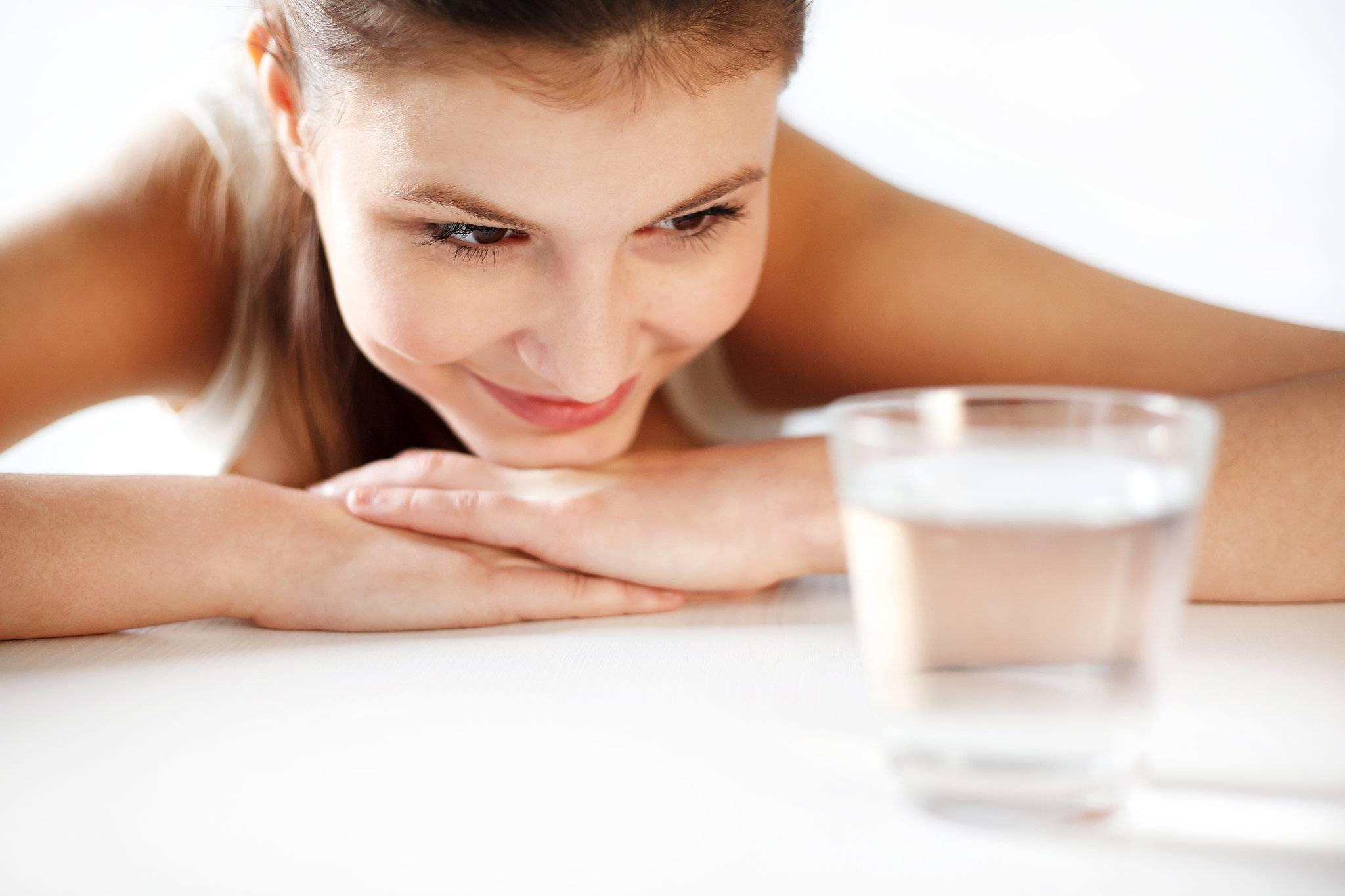 Как избавиться от лишней жидкости в организме: 7 шагов