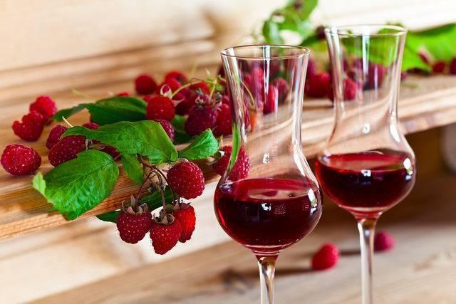 Приготовление вина из старого варенья. простые и доступные рецепты своими руками