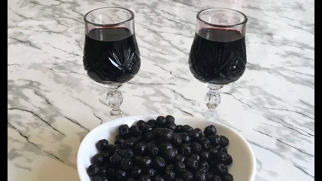 Ликер из черноплодной рябины в домашних условиях рецепты на водке на спирту