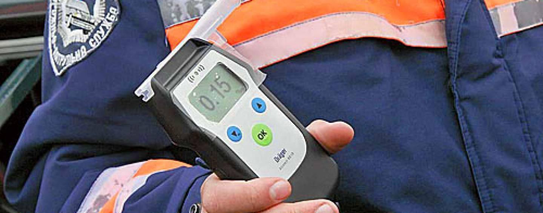 Новый порядок проверки водителей на алкоголь и наркотики: у водителей будут проверять слюну