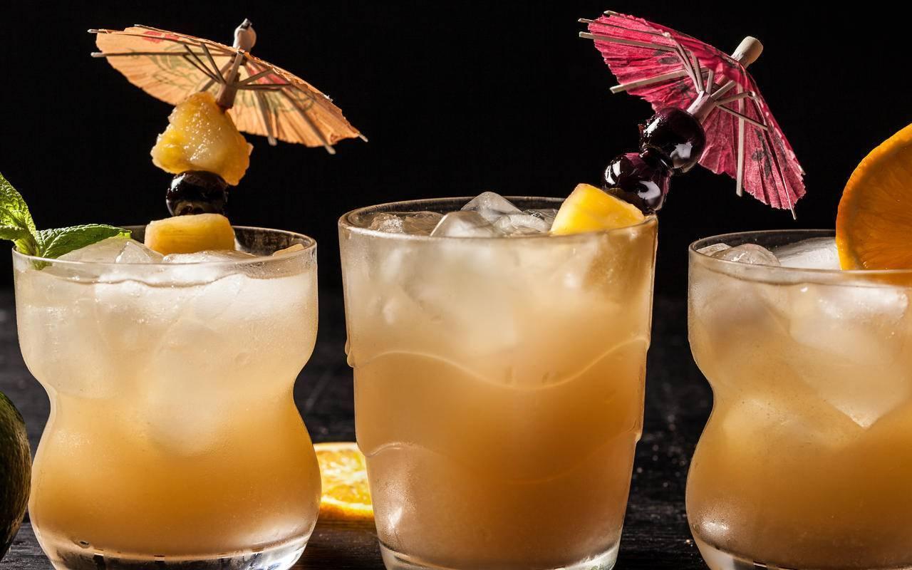 Лучшие коктейли с ликером