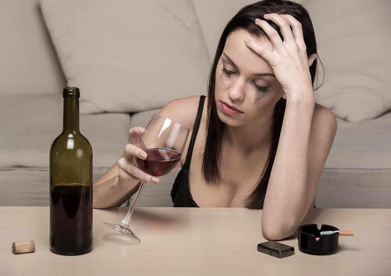 Что такое депрессия после алкоголя? почему после алкоголя наступает депрессия: причины. депрессия после алкоголя: симптомы, последствия, лечение