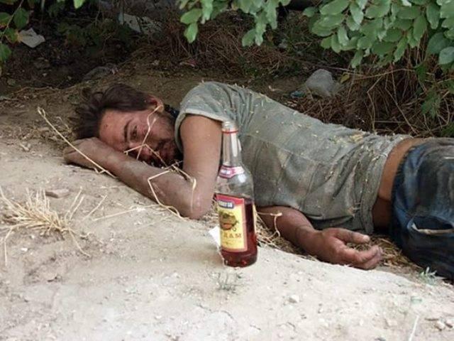 Смерть от алкоголя: смертельные заболевания связанные с алкоголизмом, причины отравления, стадии интоксикации