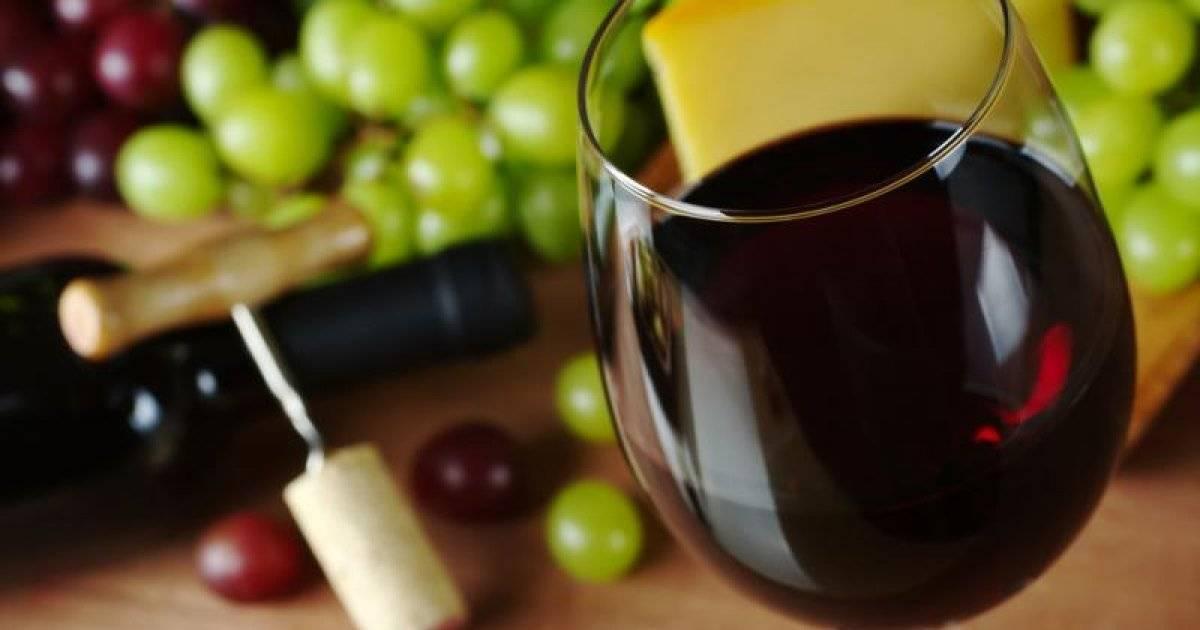 Красное вино: повышает или понижает давление