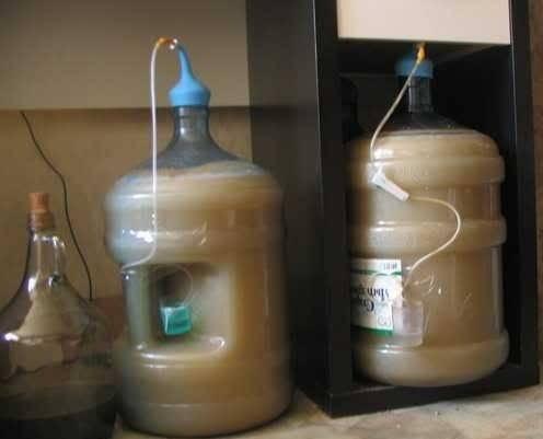 Сделать гидрозатвор для браги самостоятельно – особенности и виды
