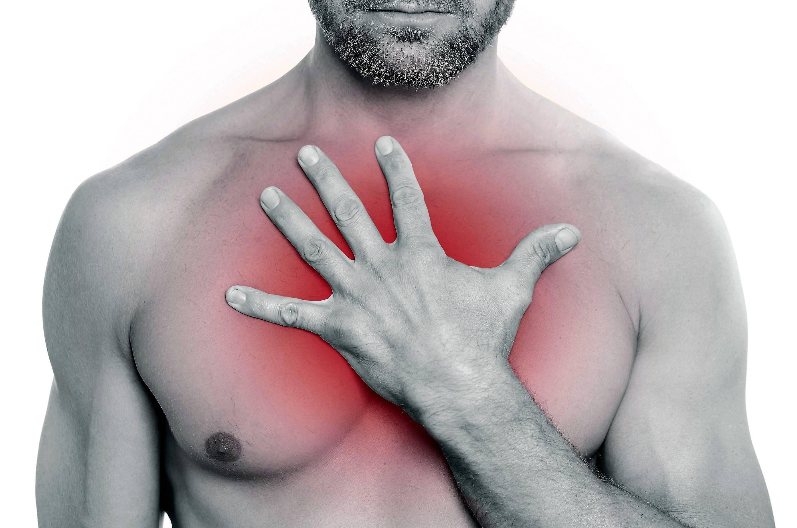 Из-за чего возникает жжение в легких и грудной клетке?