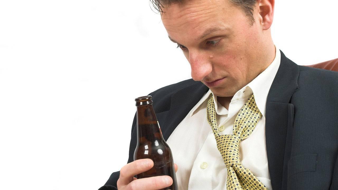 Как быстро протрезветь и отрезветь в домашних условиях за 5 минут от алкоголя, на улице за 30 минут