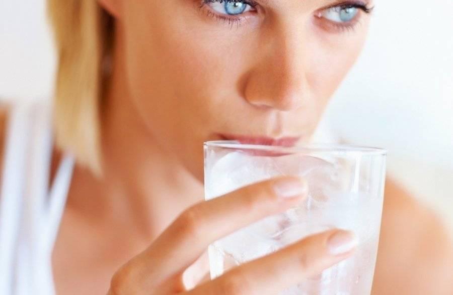 Как бороться с задержкой жидкости в организме?