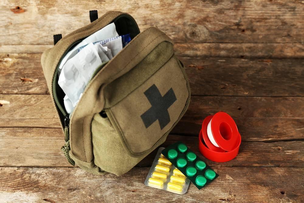 Аптечка в отпуск на море: список препаратов
