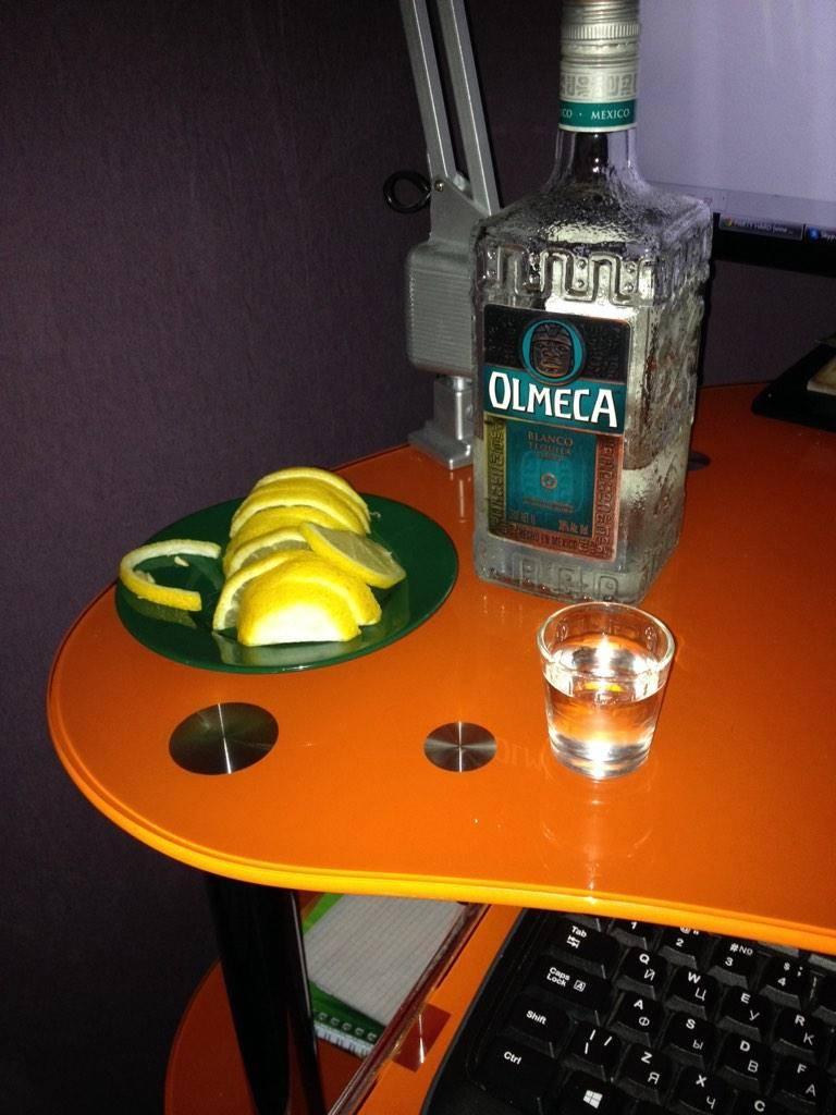 Как и с чем пить текилу правильно, как это делают в мексике?
