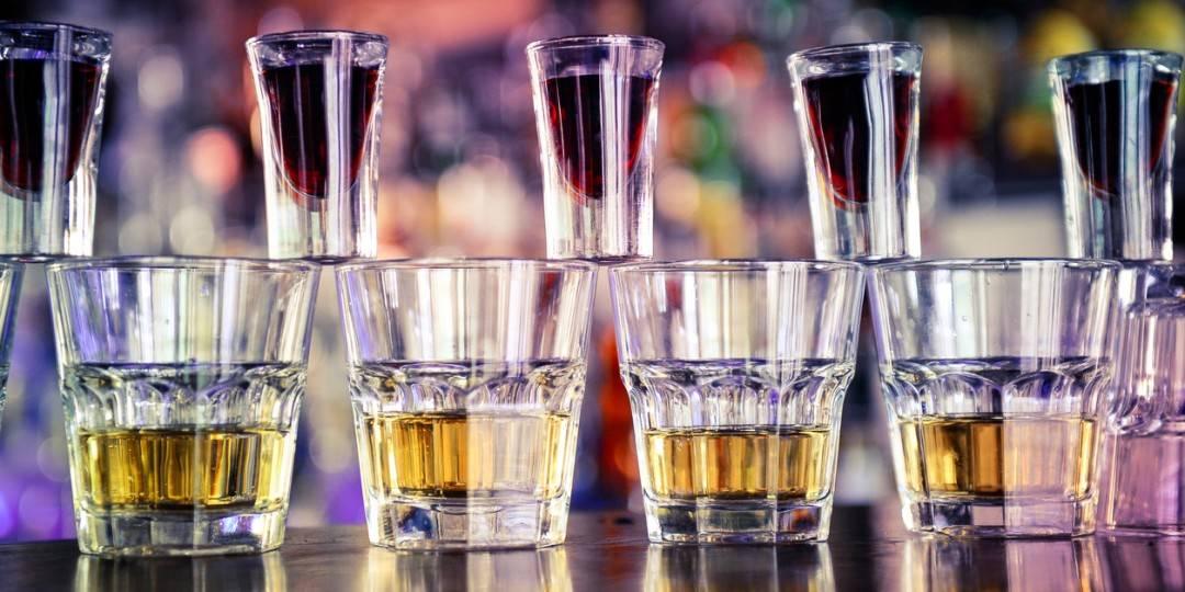 Водка энергетик: соотношение, состав, рецепты и варианты смешивания крепкого алкоголя с энергетиками (125 фото)