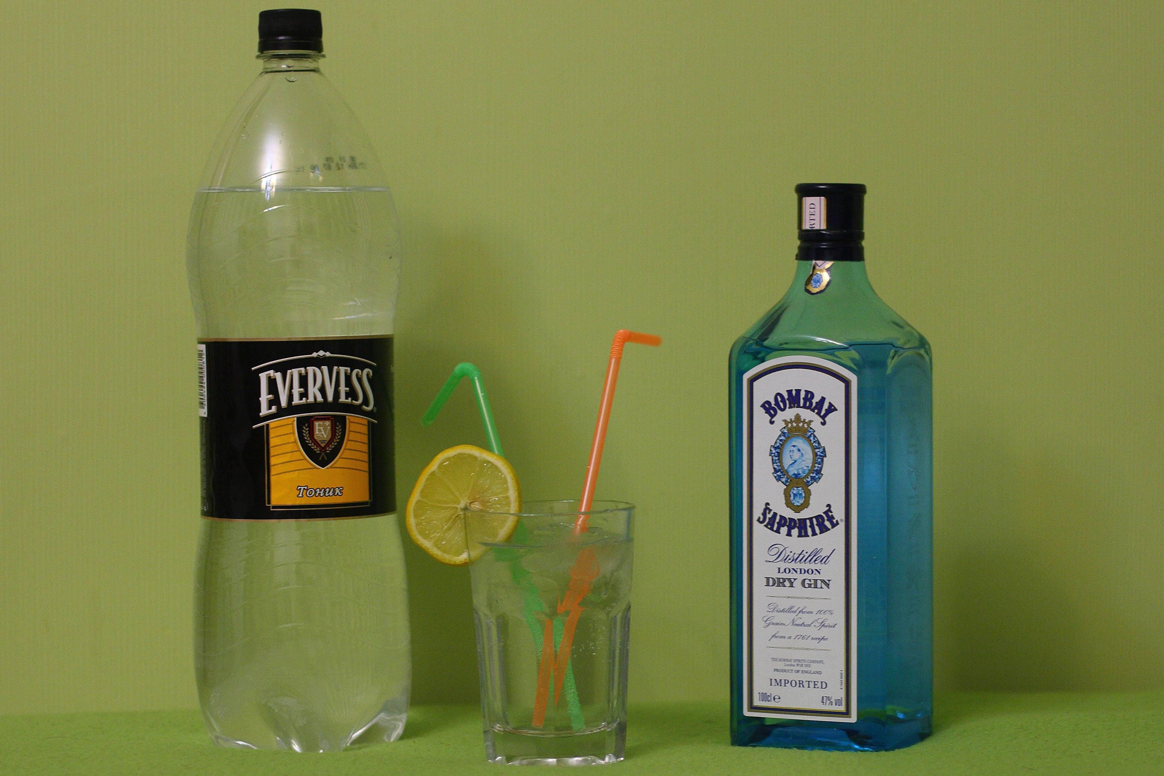 Из чего делают джин: можжевеловая водка
