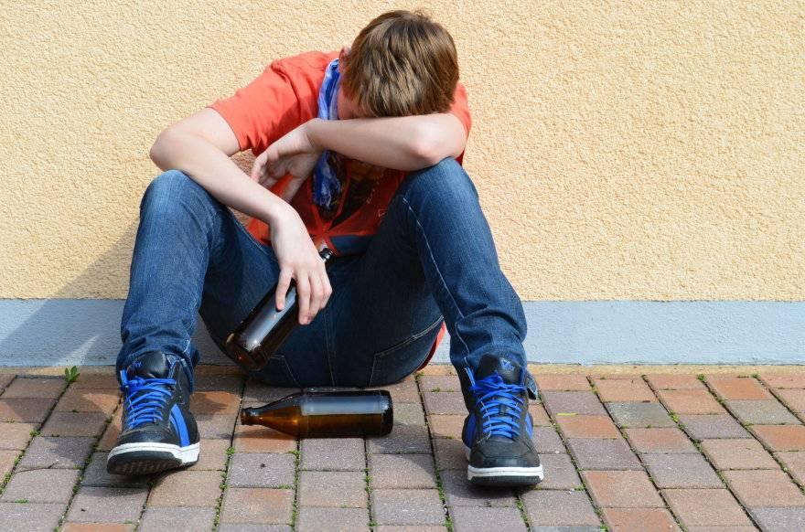 Влияние алкоголя на организм подростка: кратко о вреде спиртного в подростковом возрасте