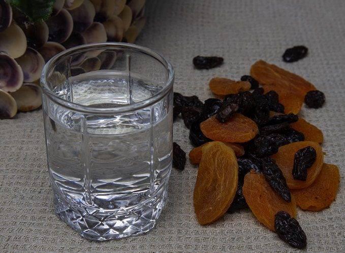 Рецепт самогона на черносливе в домашних условиях