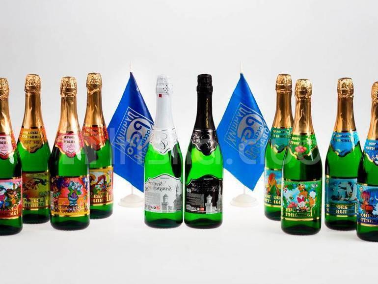 Вросконтроле назвали безопасные марки детского шампанского