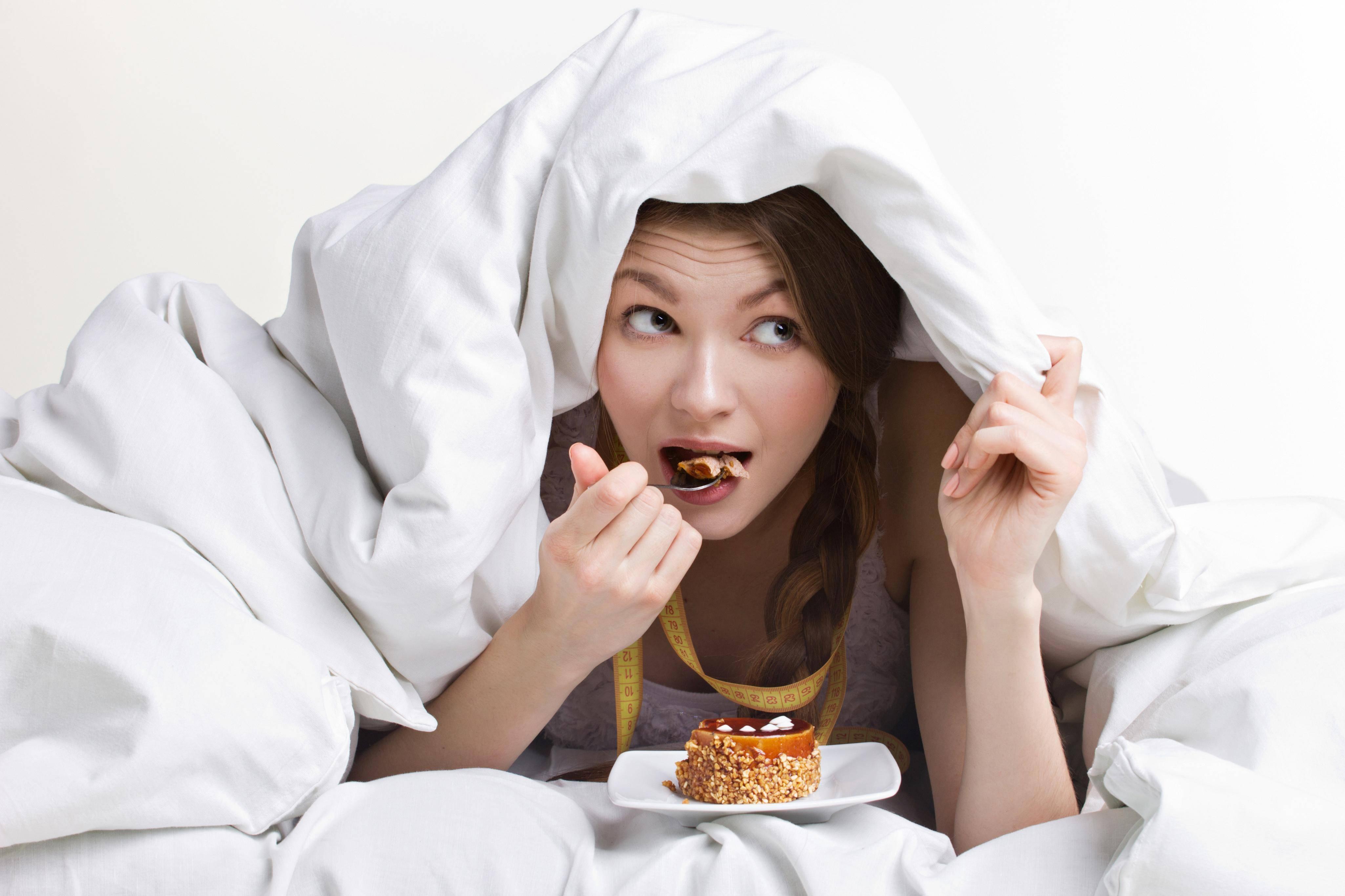 Почему с похмелья хочется есть