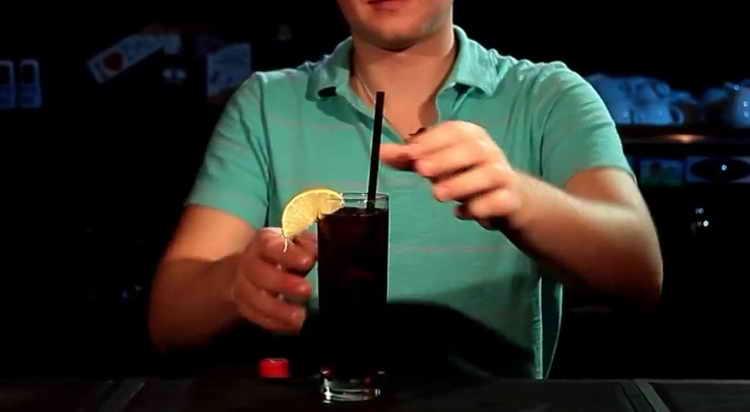 Виски с колой, правильные пропорции коктейля рецепт с фото