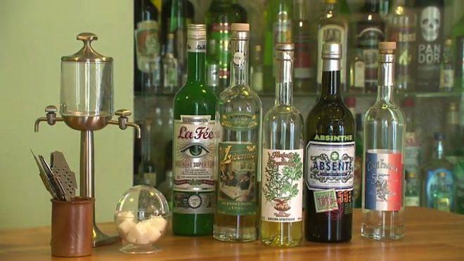 Абсент: как правильно пить и чем закусывать