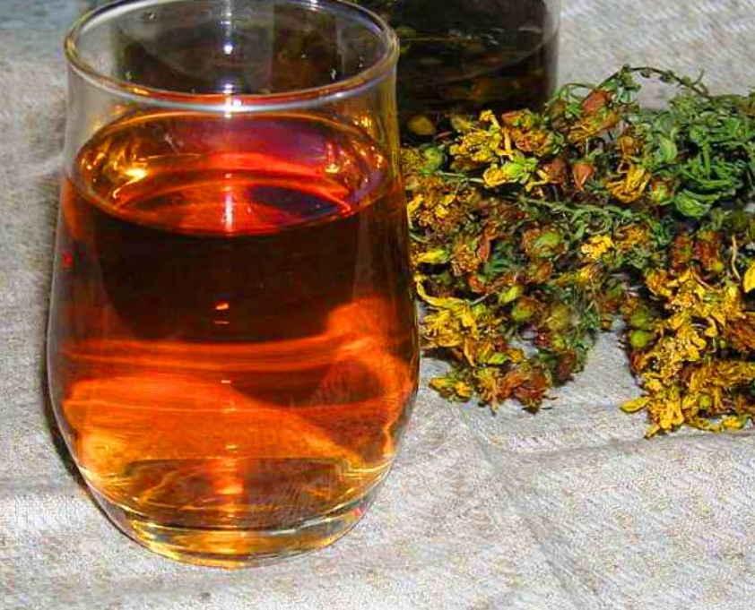 Зверобой от алкоголизма: рецепты заваривания чая, приготовления отвара и настойки из травы, отзывы о народном методе лечения | suhoy.guru