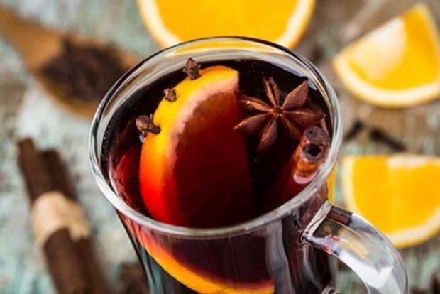 Горячее вино при простуде: применение, полезные свойства и как выбрать