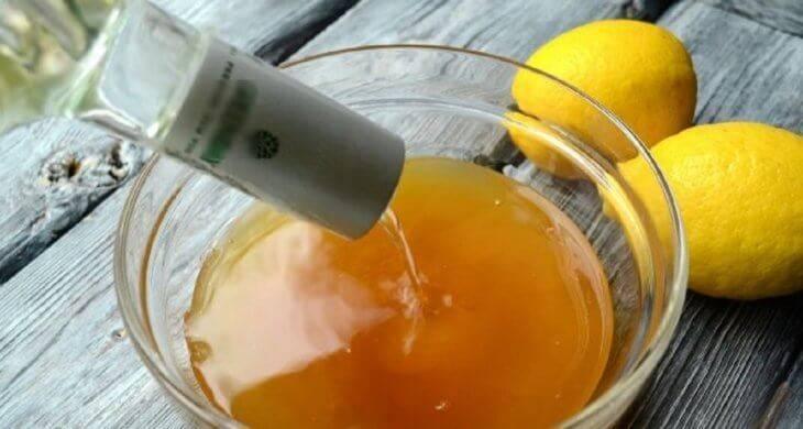 Водка с медом от простуды и кашля: рецепт приготовления и правила приема