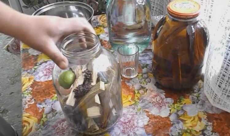 Простой рецепт приготовления чачи в домашних условиях