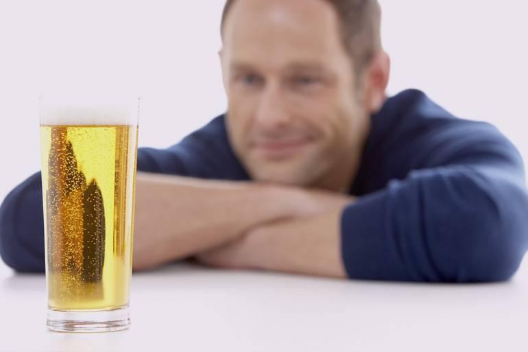 Пиво, водка, сухое вино при сахарном диабете 2 типа — можно ли употреблять алкоголь?