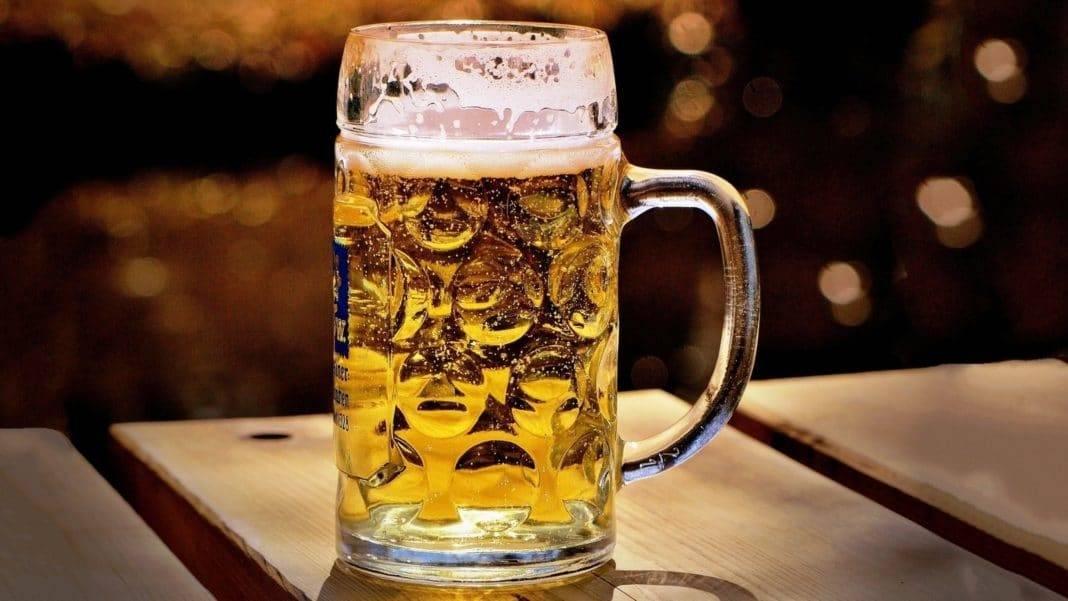 Пиво повышает или понижает давление: мнение врачей о влиянии напитка на ад