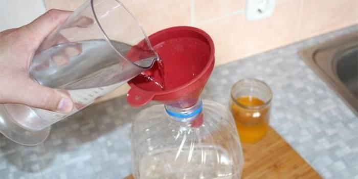 Пищевой краситель Е150 (карамельный колер): польза и вред