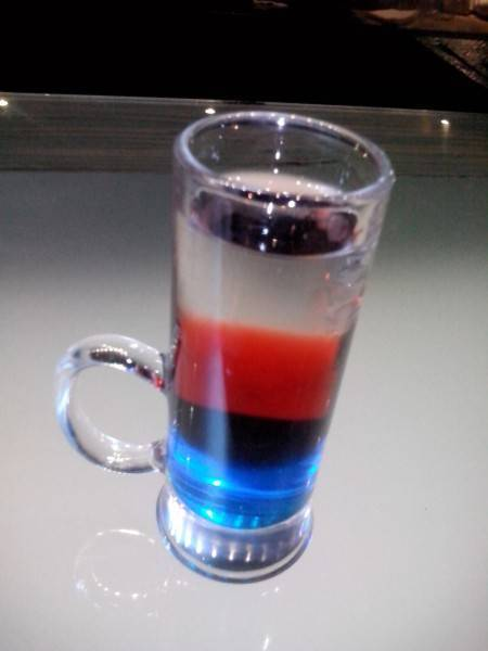 Коктейль российский флаг рецепт — история алкоголя