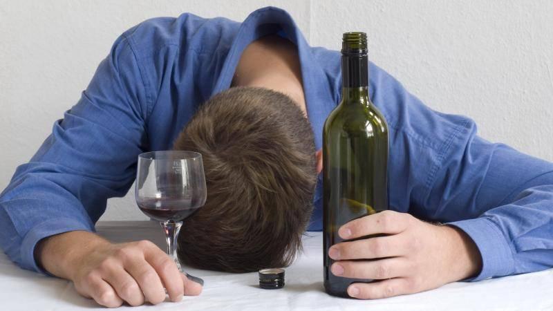 Недалеко до депрессии. чувство вины после алкоголя