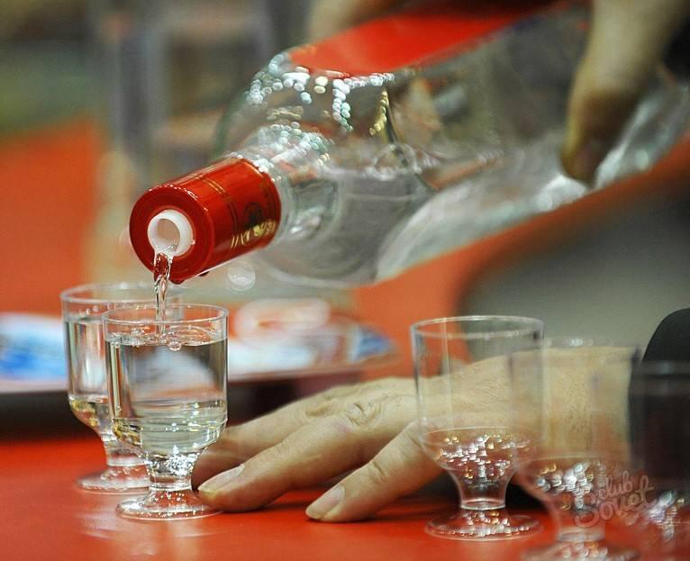 8 способов очистки алкоголя