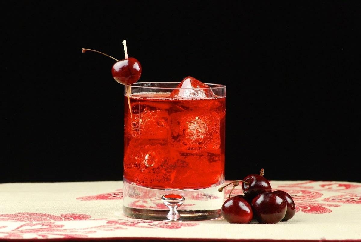 Рецепты вишневых настоек на самогоне, домашнего ликера из вишни