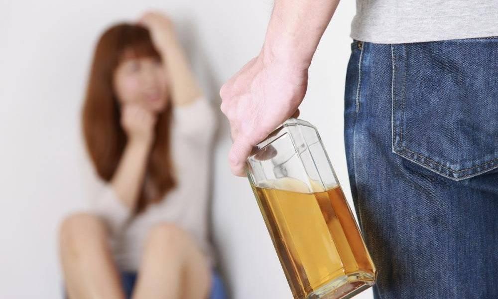 Есть вопрос: почему алкоголь делает людей агрессивными - лечим всё