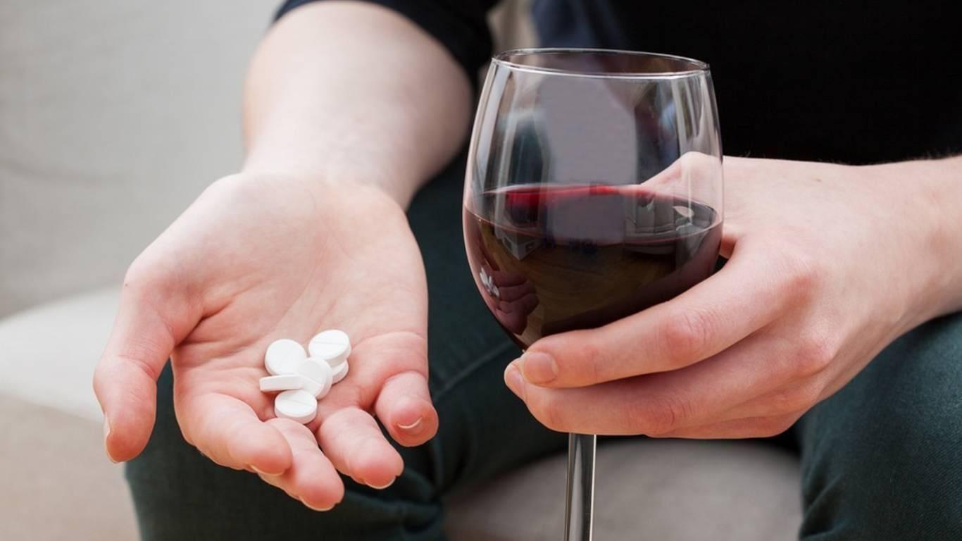 Антибиотики и алкоголь - последствия смешивания, когда можно употреблять после лечения